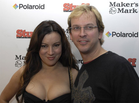 jennifer-tilly-and-phil-laak.jpg